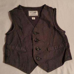 Boys Grey Vest 5/6